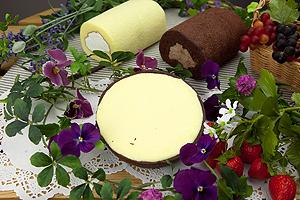 ロールケーキ2種とチーズケーキのセット